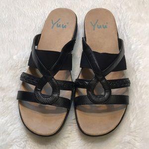 Yuu Black sandals Joeju size 8